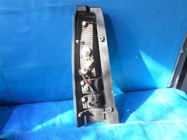 Tail LampAyRH - Wagon R  Ref:SP202090_1550     2/2