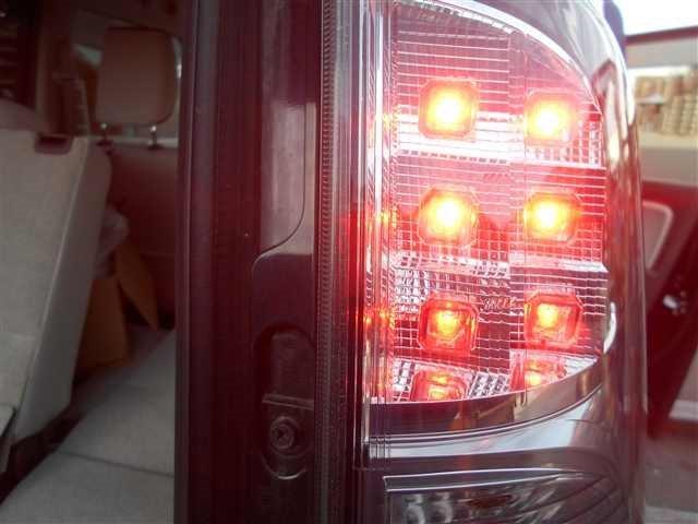 Tail LampAyRH - MR Wagon  Ref:SP203558_1550     2/2