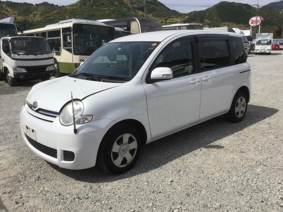 トヨタ シエンタ   Ref:SP231400     2/10