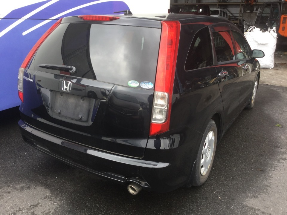HONDA Stream   Ref:SP232538     4/15