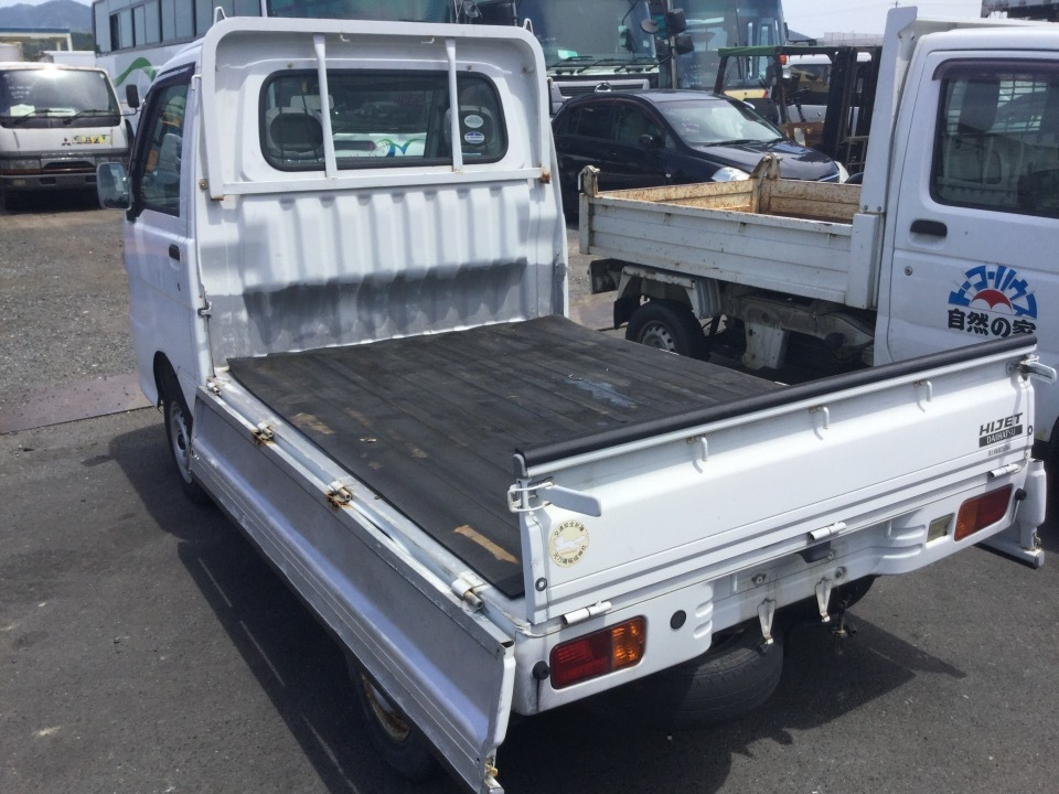 DAIHATSU Hijet Truck   Ref:SP233116     2/7