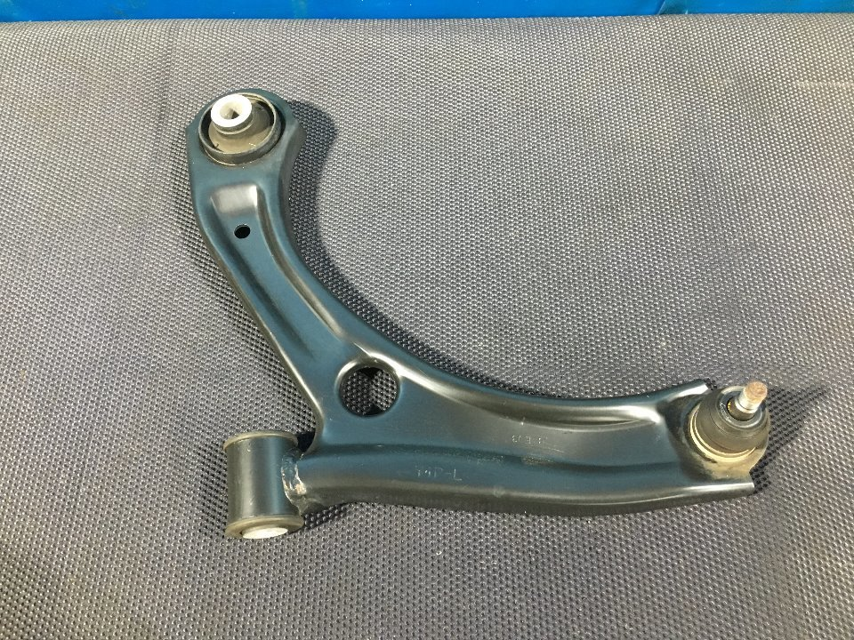 LOWER ARM LH - Wagon R  Ref:SP262886_9083     1/1