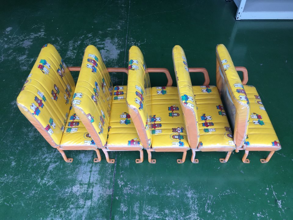 Seat Assy - Hiace  Ref:SP265532_7040     4/5