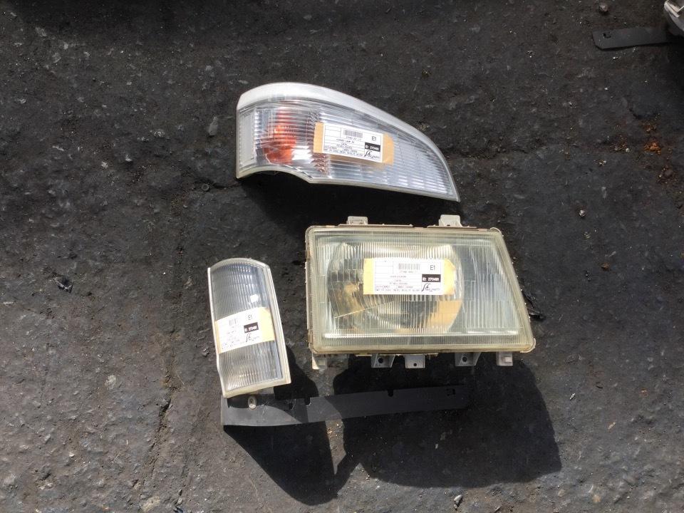 ヘッドランプAyRH - キャンター  Ref:SP270491_1080     1/1