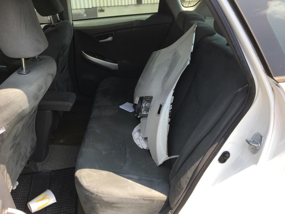 TOYOTA Prius   Ref:SP275827     19/23