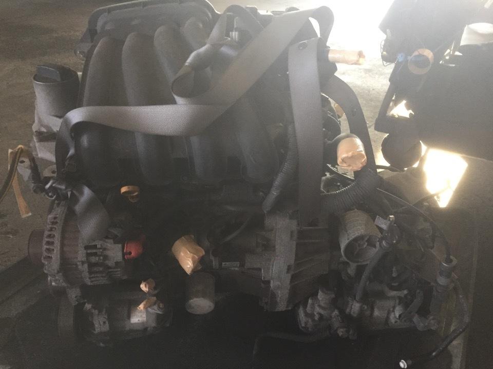 エンジン&トランスミッション - ファミリアバン  Ref:SP281109_1     5/11