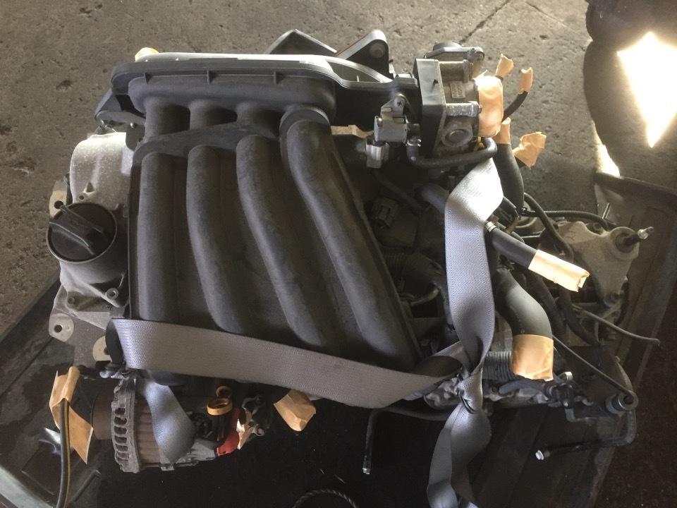 エンジン&トランスミッション - ファミリアバン  Ref:SP281109_1     9/11