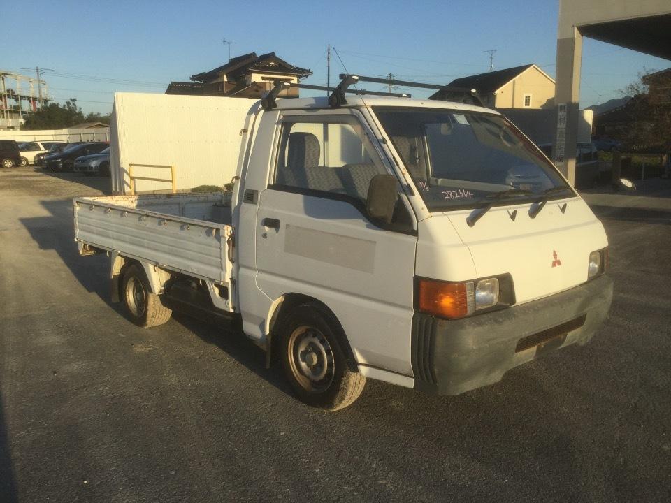 MITSUBISHI Delica Truck   Ref:SP282664     1/24