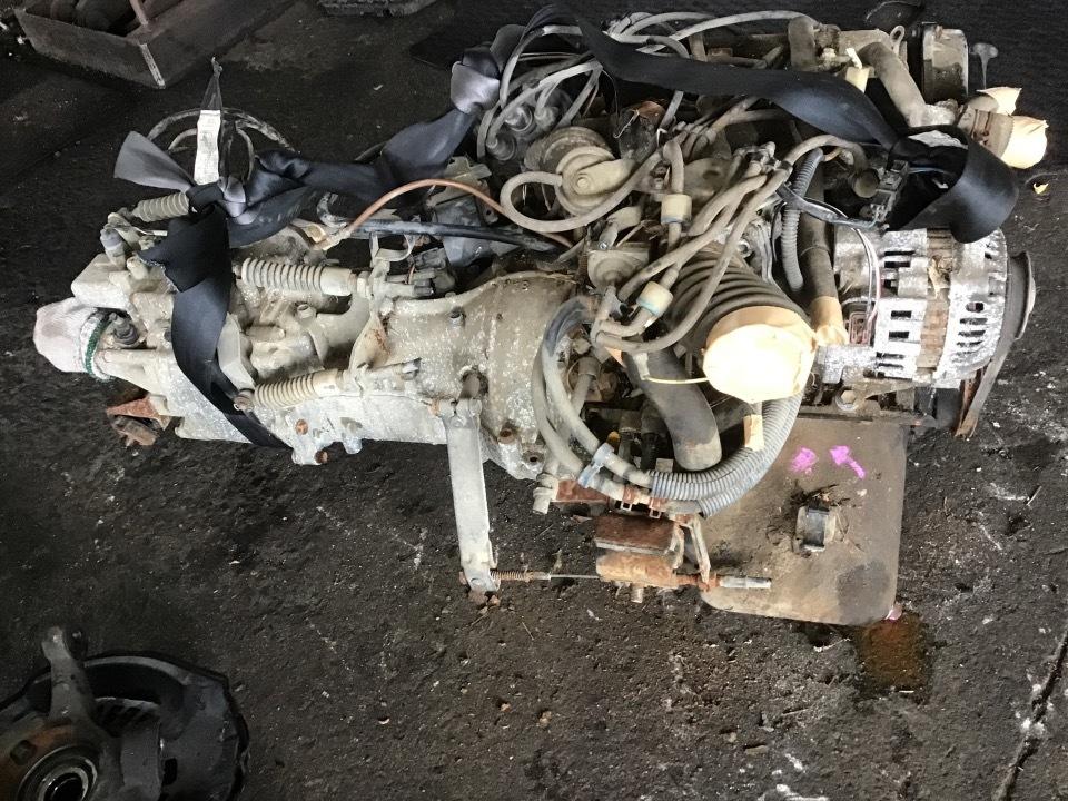 エンジン&トランスミッション - スクラム  Ref:SP284757_1     1/5