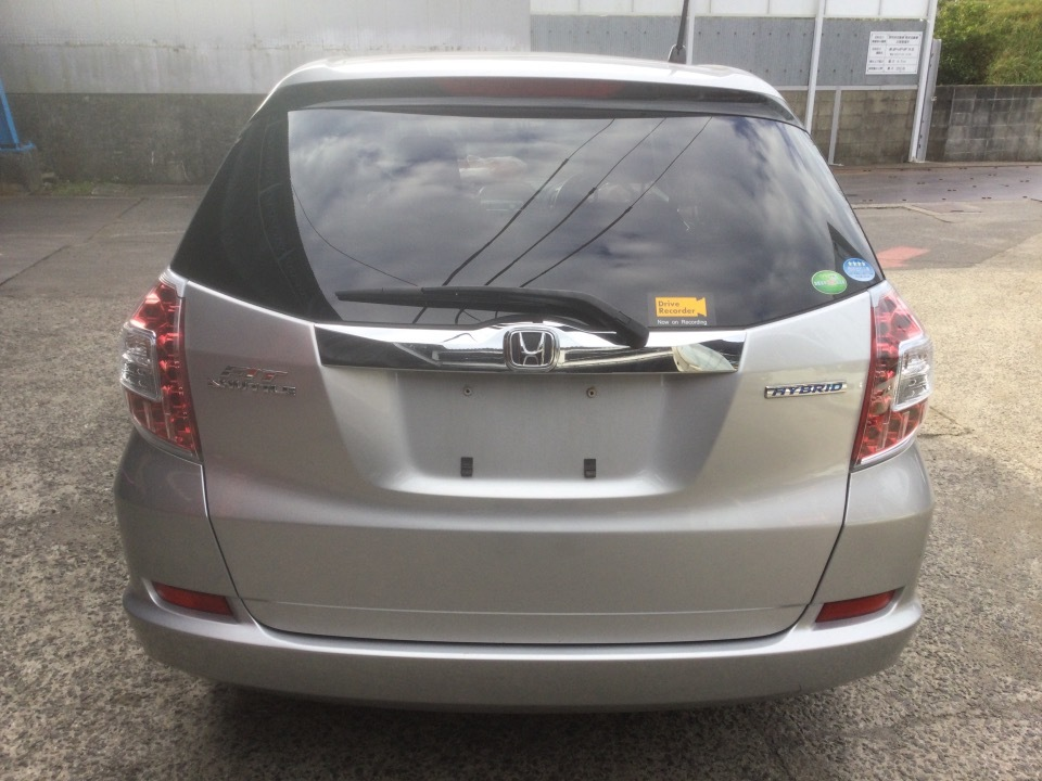 HONDA Fit Shuttle   Ref:SP285089     19/24
