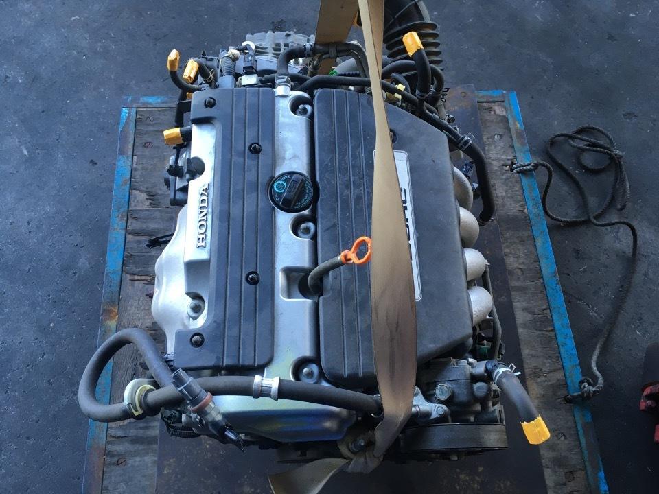 エンジン&トランスミッション - ステップワゴン  Ref:SP285557_1     9/10