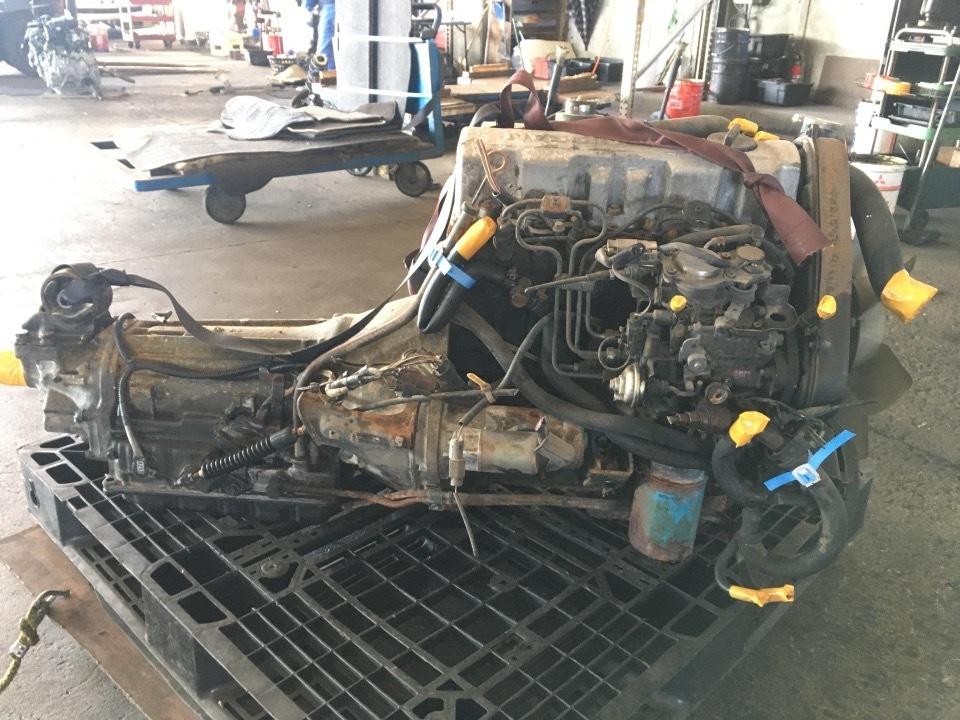 エンジン&トランスミッション - ラルゴ  Ref:SP285833_1     6/9