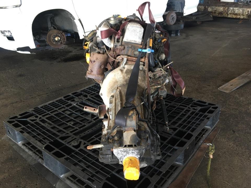 エンジン&トランスミッション - ラルゴ  Ref:SP285833_1     7/9
