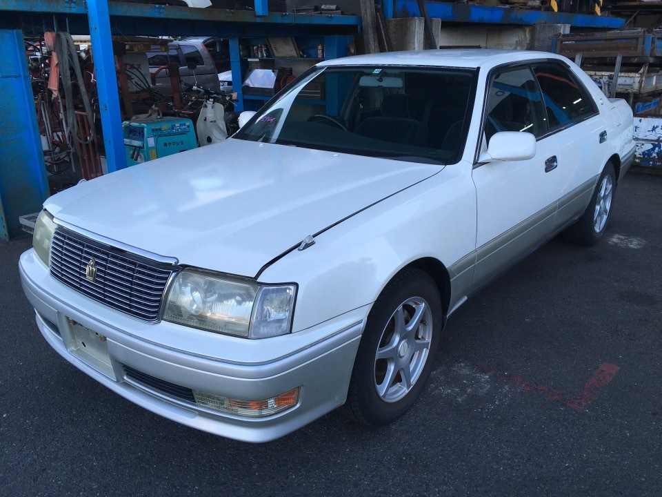 TOYOTA Crown   Ref:SP285964     2/24