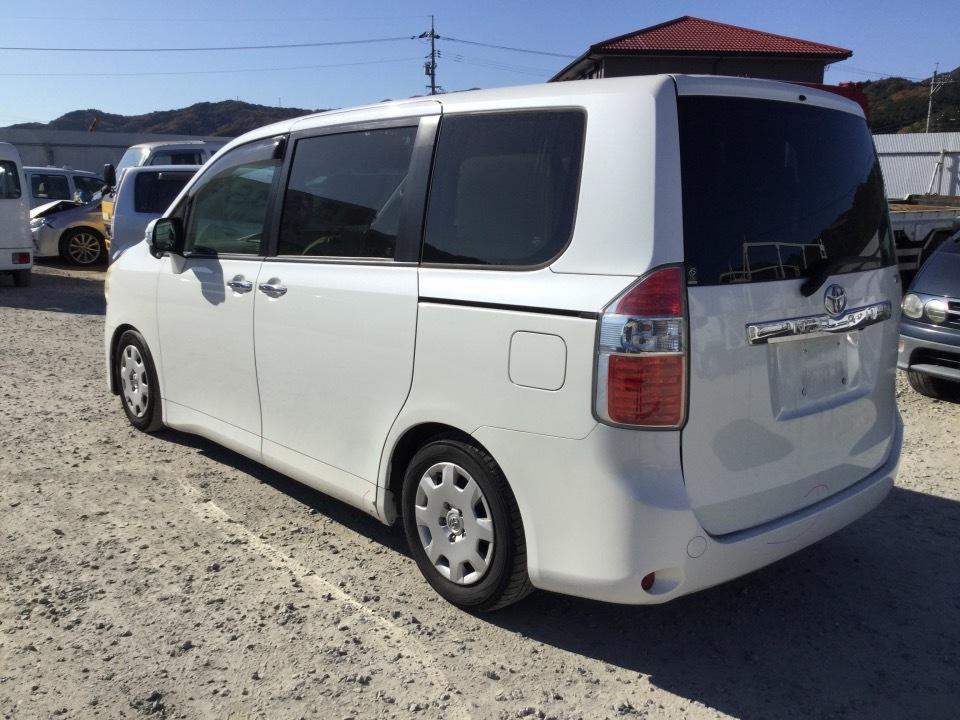 トヨタ ノア   Ref:SP286332     2/20