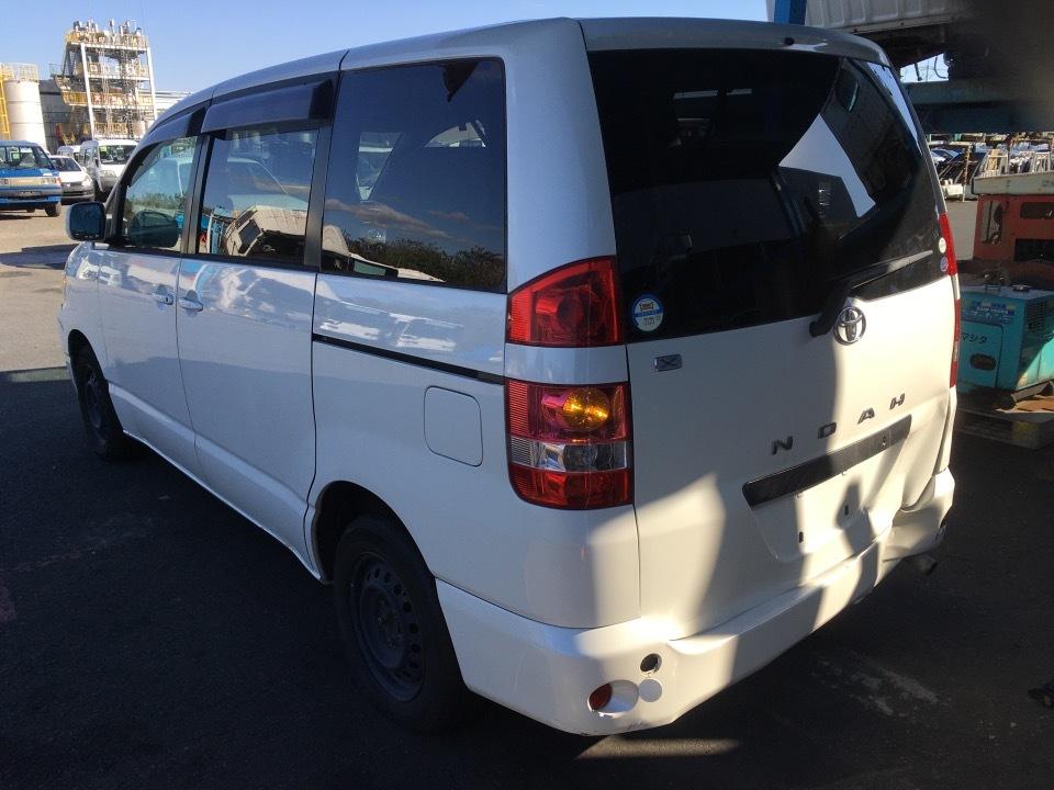 トヨタ ノア   Ref:SP286433     3/23